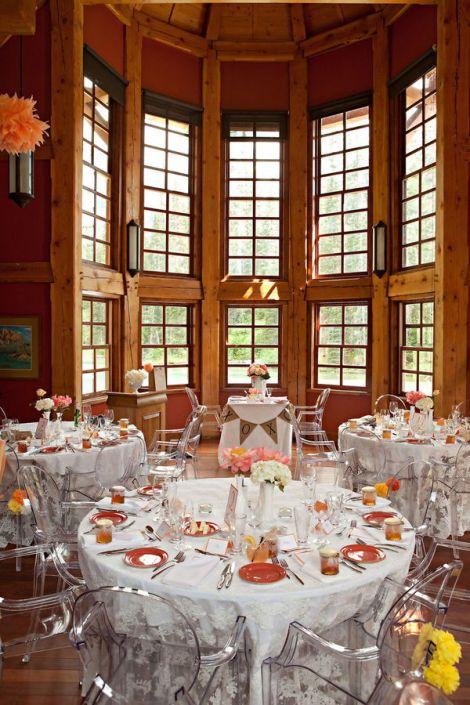 Cadeiras Louis Ghost - Casamento no lago