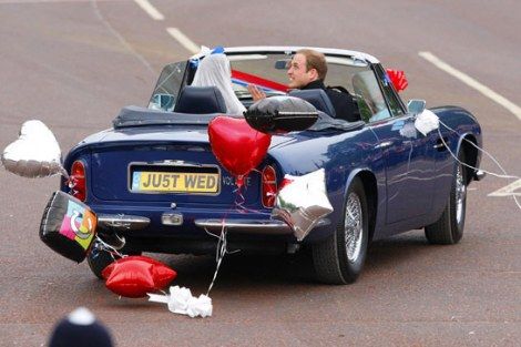 Just married - Just wedding - Casamento real - Royal wedding - Carro - Austin - William e Kate