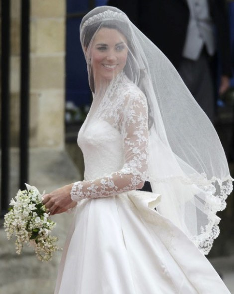 Kate Middleton e William - Royal wedding - Dress - Vestido de noiva - Sarah Burton - Catherine e William